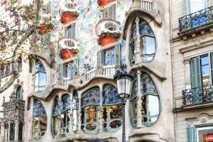 Cu drag, din Barcelona