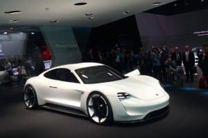 Ai un incarcator de Porsche?…